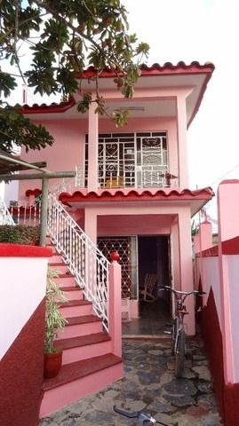 '' is what you can see in this casa particular picture. Casas particulares are an alternative to hotels in Cuba. Check our website cuba-particular.com often for new casas.